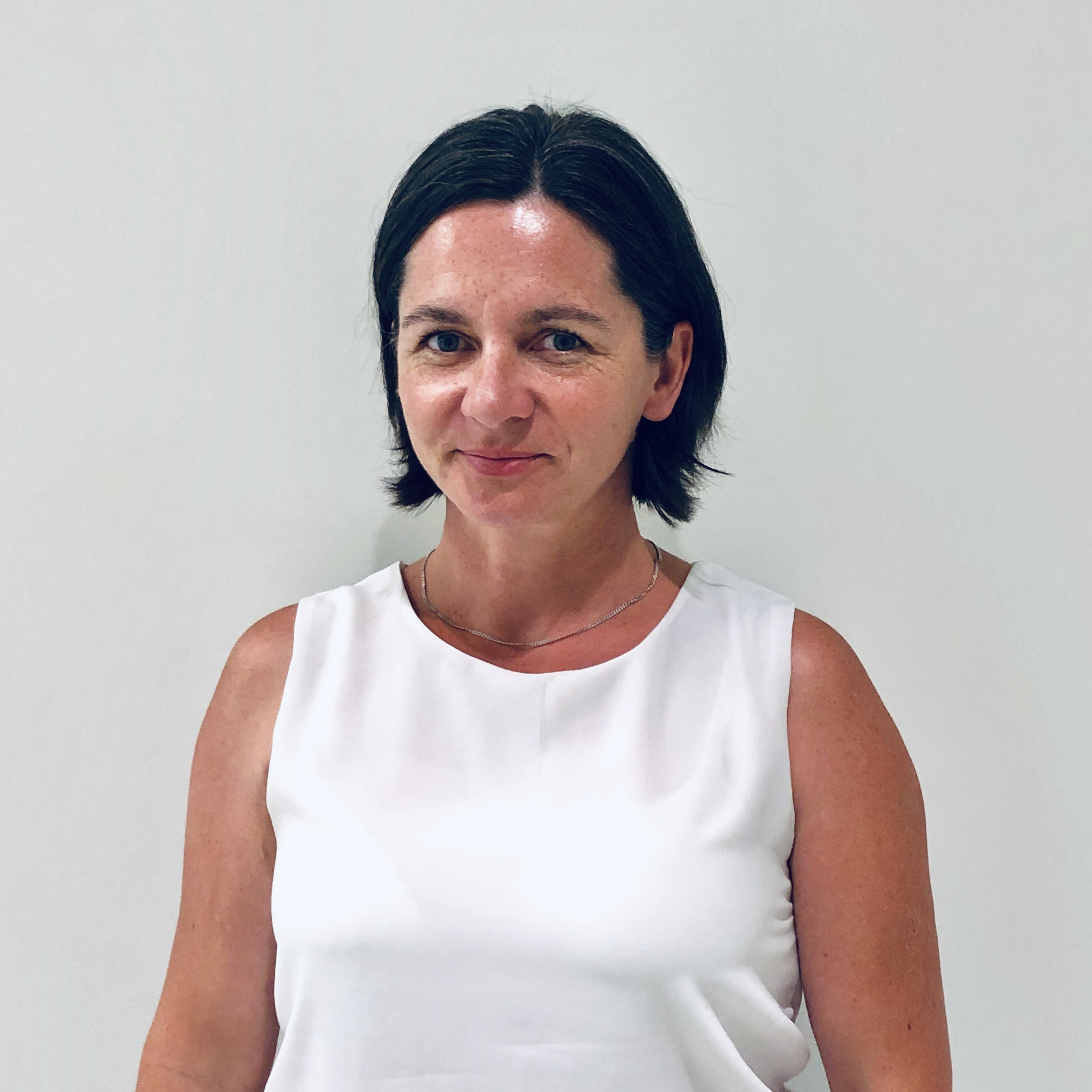CARRIE VIOLA, Registered Physiotherapist